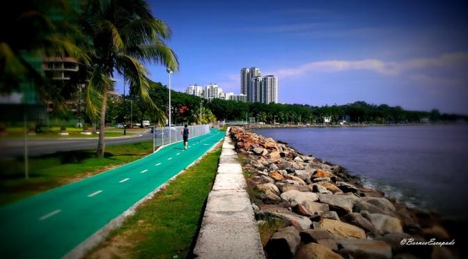 Likas Bay Public Park: Kota Kinabalu